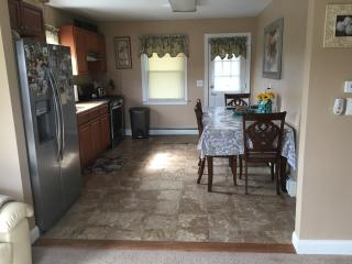 Beautiful 2 Bedroom Apartment 20 minutes from NYC, Totowa