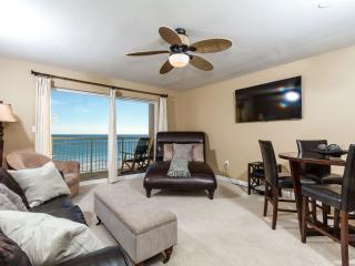 PELICAN ISLE - GORGEOUS BEACH FRONT 1 BEDROOM, Fort Walton Beach