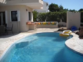 Beautiful  Family 3 Bedroom with pool