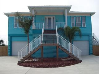 Blue Marlin Beach Home with Heated Pool Sleeps 16, Pensacola Beach