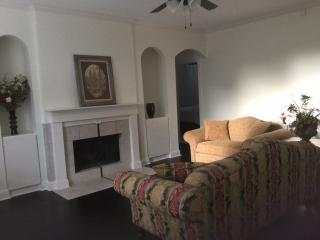 2 BR 2BA Condo Galleria Central Houston
