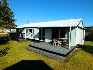 Family Friendly Close to the Beach, Matarangi