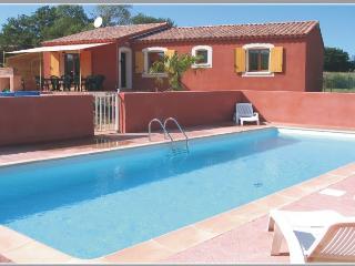Maison dans le Luberon avec piscine et tennis