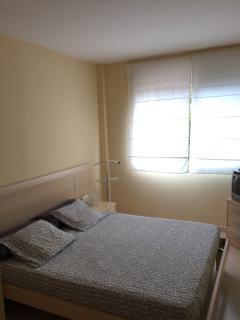 Dormitorio principal con baño suite