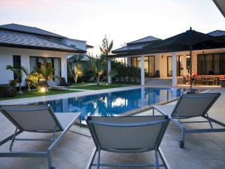 Lovely Vacation Pool Villa 3 BR