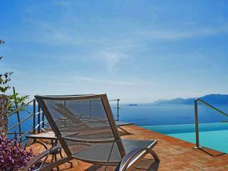 VILLA DIVINA Praiano - Amalfi Coast