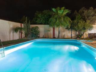 Magnífica Villa de lujo con piscina privada cerca playa.