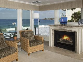 On the waters edge- 2 bdrm,Great fall dates avail.