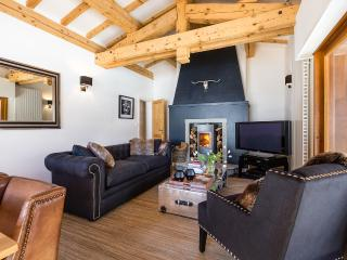 Cosy fireside lounge