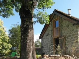 Chaumière cosy avec vue à 180° sur les Pyrénées, Erce