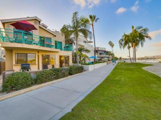 #3263+3265 - BAYFRONT W/Patio and Balcony!, San Diego