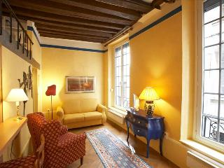 Charming studio in St. Germain