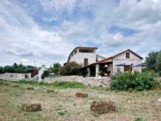 Authentic house on Croatian coast - Villa Besida
