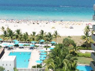 """Spectacular Ocean view 1bed-1,5bath"", Miami Beach"