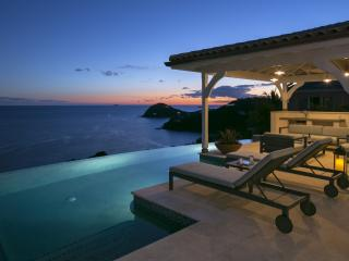 Leeward St. John Villa-Breathtaking views!