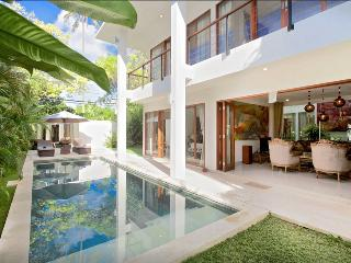 Villa Orchid Moonlight, 3 bedrooms Nusa Dua