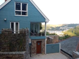 Badgers is a two bedroom contemporary house, Dartmouth