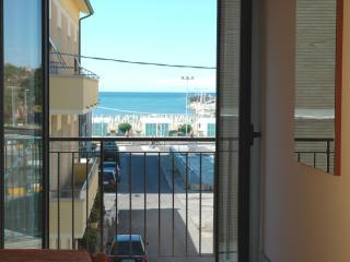 Fano Lido appartamento  bilo 4 posti vista mare