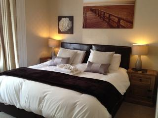 Sarnia Guest House - Adult Only