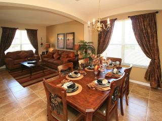 Close to Disney 6 bedroom luxury villa with pool, Four Corners