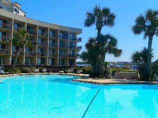 Lemon Squeezy - Beautiful Waterfront Studio Condo, Fort Walton Beach