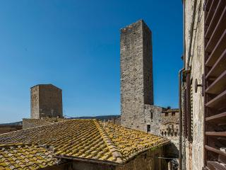 Torre Becci Suite 8 - Elegantly furnished property in San Gimignano
