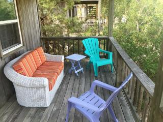 Heart of OBX, Deeded Beach Parking w/Linens, Wi-Fi, Kill Devil Hills