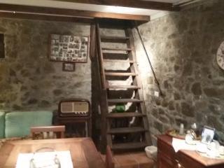 La Casa di Nonna Ida, Follo