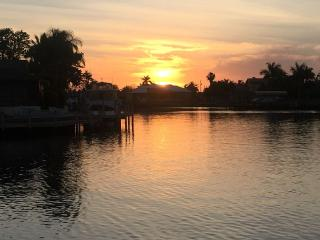 Stunning Sunsets Every Night! Luxury Coastal Decor, Cape Coral