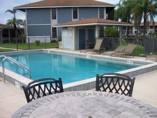 Waterfront,Heated Pool,Boating,Fishing,Beaches, Cape Coral