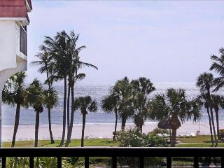 Pointe Santo Sanibel - Beautiful Corner Unit, Sanibel Island