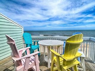 Ocean Dunes Resort 905-Oceanfront, Pool & Hot Tub!, Kure Beach