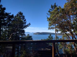 WESTSIDE Ocean View Vacation Home HOT TUB, Friday Harbor