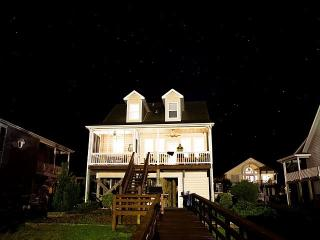 Holden Beach Waterway Island Home; Sleeps 10