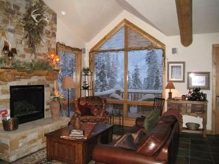 XMAS & NEW YRS.'17/''18 AVAIL. BOOK NOW! PERF. FOR 2 FAMILIES Two Living Rms, Winter Park