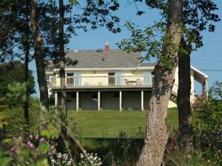 Schooner Coast House, Algoma