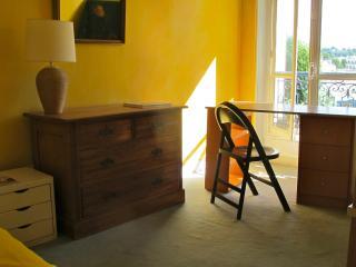 Chambres à louer dans un appartement de charme ,, Versailles