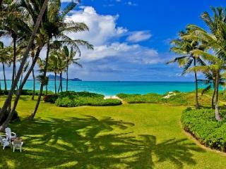 Premier Oceanfront Vacation Home, Kailua