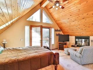 MASTER BEDROOM WITH FIREPLACE AND PRIVATE BALCONY