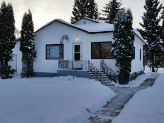 Home Near Redberry Lake and Bio Reserve