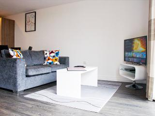 Deluxe 2 Bed Apartment - Metalworks By UR STAY, Birmingham