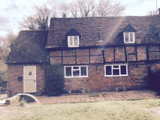 Cosy character Cottage in Rural Hertfordshire, Tring
