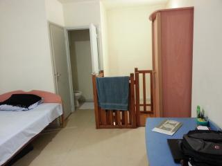 Studio Double.Cheap stay in the center of city, Orcines