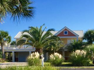 Cute and Cozy Perfect for your Family Getaway!, Pensacola Beach