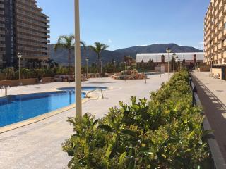 Apartamento bajo en residencial Valparaiso Marina Dor