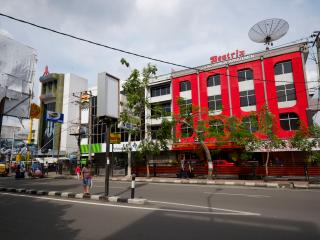 Beatrix Apartment Medan # 2