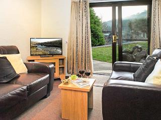 BRECON COTTAGES - POWYS, welcoming cottage, on-site attractions, open plan living, near Pen-y-Cae, Ref. 925420, Pen-y-cae