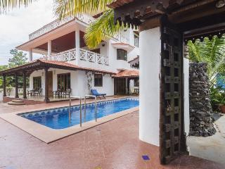 Goa Luxury Villas: Presidential Garden Villa, Candolim