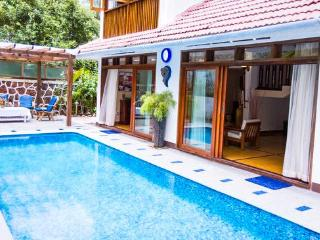 Goa Luxury Villas: Colonial Pool Villa, Candolim