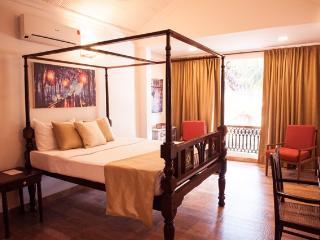 Goa Luxury Villas: Colonial Jacuzzi Villa, Candolim